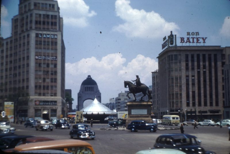 Flying_saucer_Mexico_DF_1948